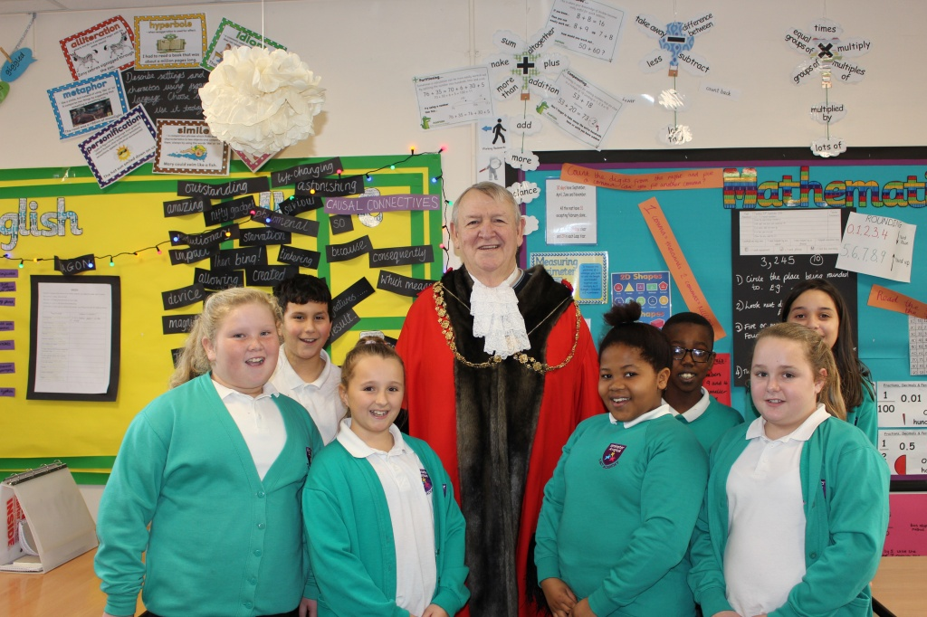 Ilminster pupils with Lord Mayor of Bristol Cllr Jeff Lovell.